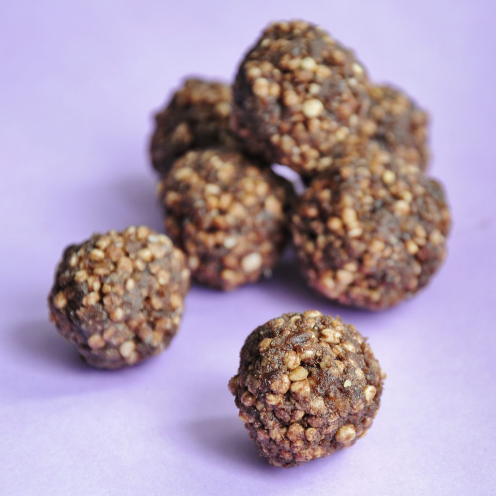 Puffed Quinoa Balls Recipe with protein powder - Vegan Family Recipes