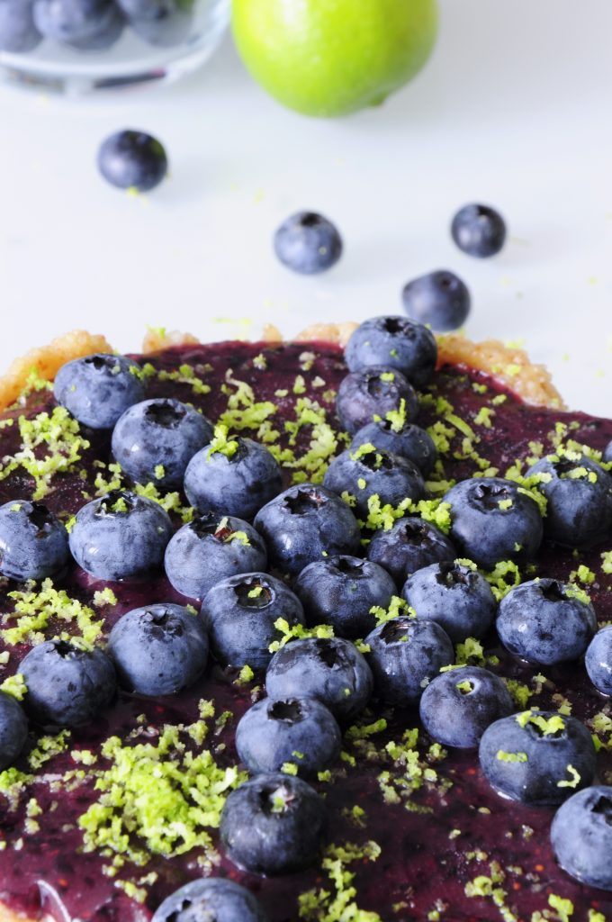 Vegan Blueberry Cheesecake Recipe with Lime and cashews - Vegan Family Recipes #dessert #raw vegan #glutenfree