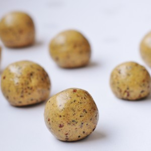 Peanut Butter Protein Balls with Chia Seeds Recipe - Vegan Family Recipes