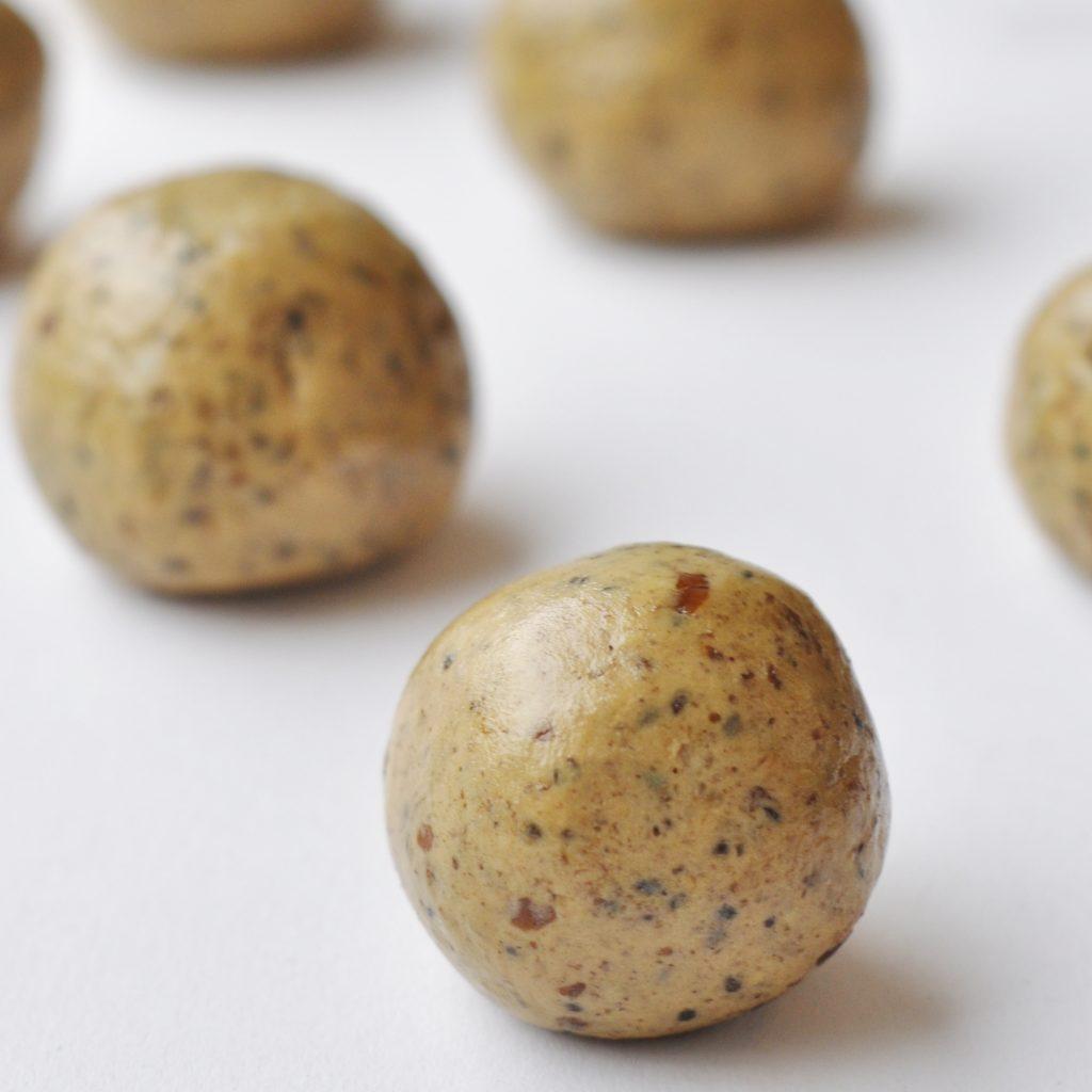 Chia Seed Peanut Butter Protein Ball Recipe - Vegan Family Recipes #snacks #gf #healthy