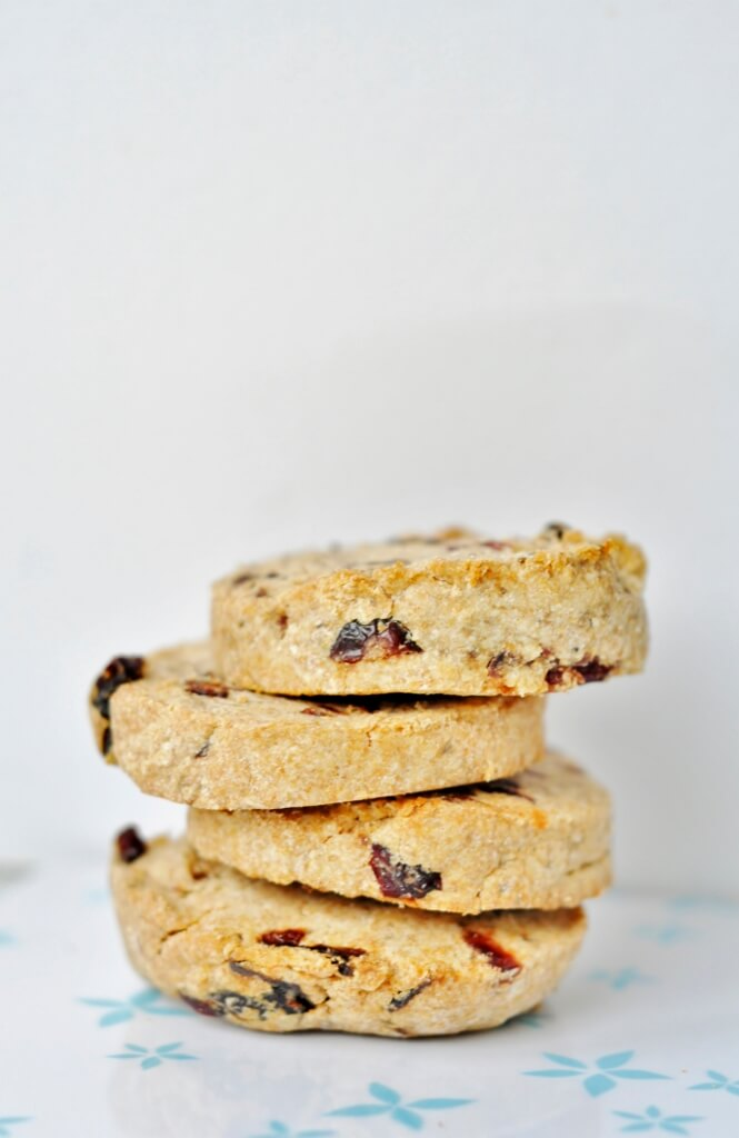 Nut Butter Cookie recipe with dried Cranberries - Vegan Family Recipes