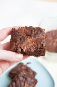 Vegan Brownies with Caramel -