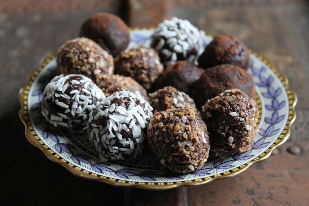 Chocolate Protein Ball Recipe - Protein Powder Recipes