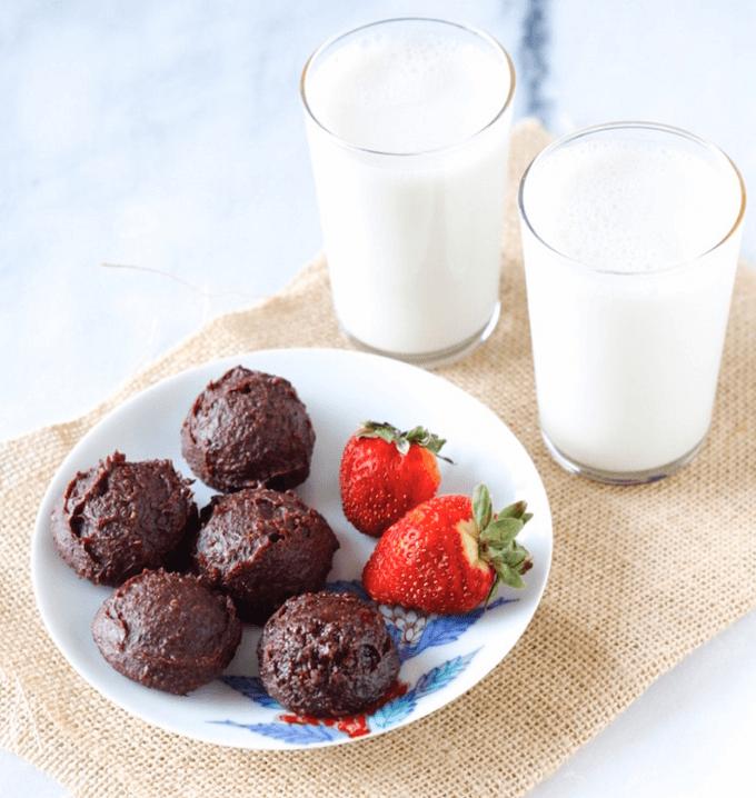 Vegan Quinoa Brownies with Protein Powder Recipe