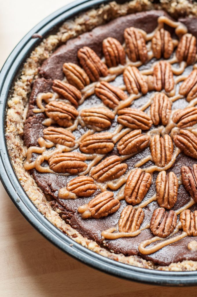Raw Vegan Chocolate Caramel Pecan Pie Recipe - Vegan Family Recipes