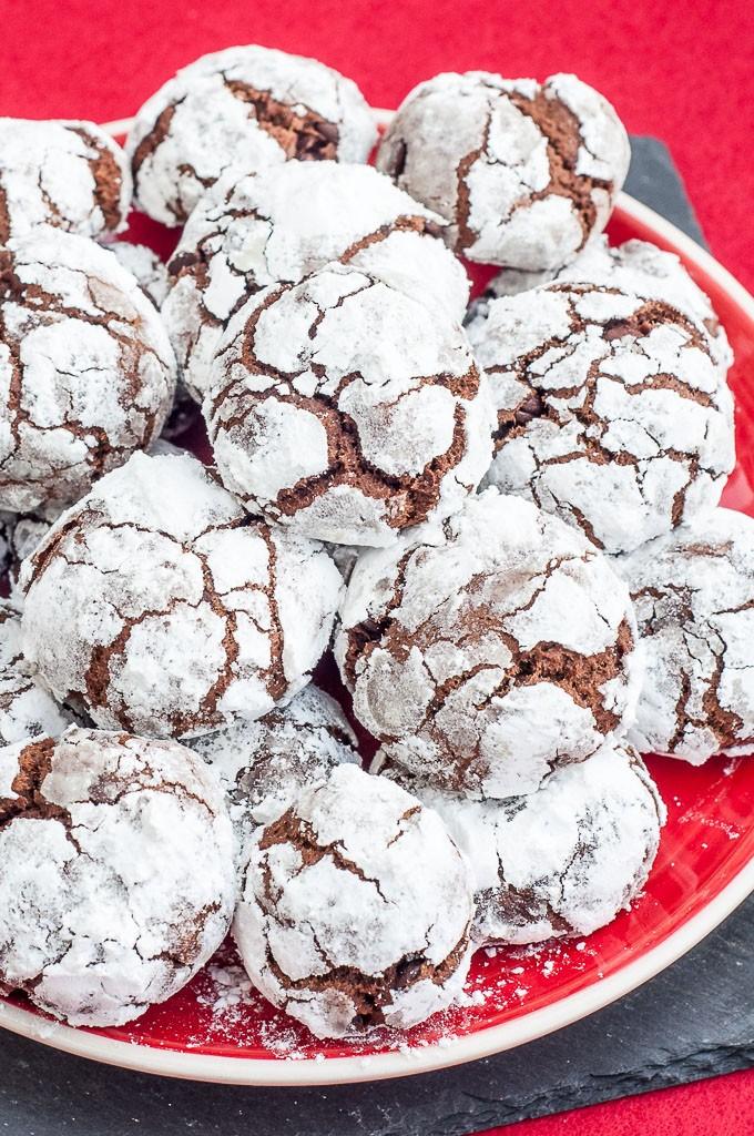 Vegan Mint Chocolate Crinkle Cookies