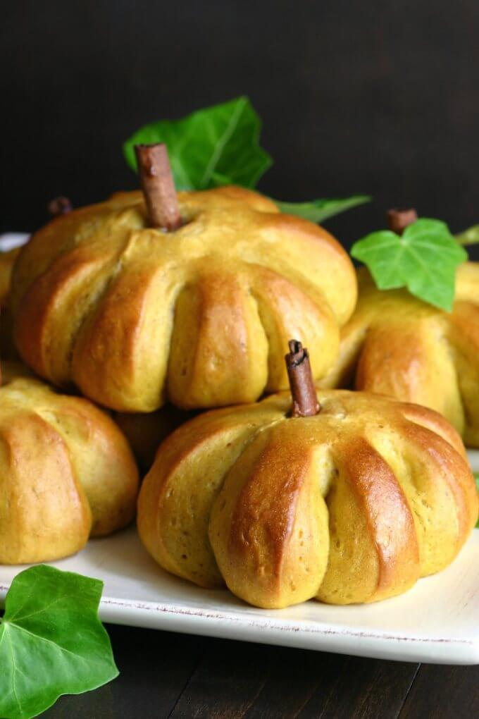 Sweet Pumpkin Buns Recipe - Vegan Thanksgiving Recipes Feast