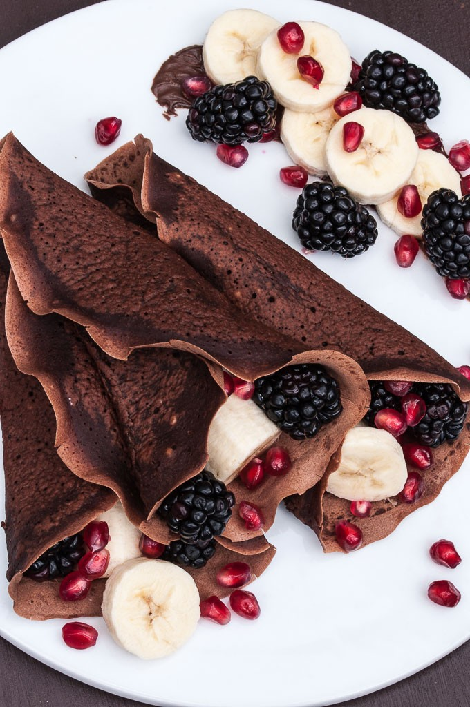 Vegan Chocolate Crepes - Vegan Valentine's Day Recipes #Dessert #vday #gf