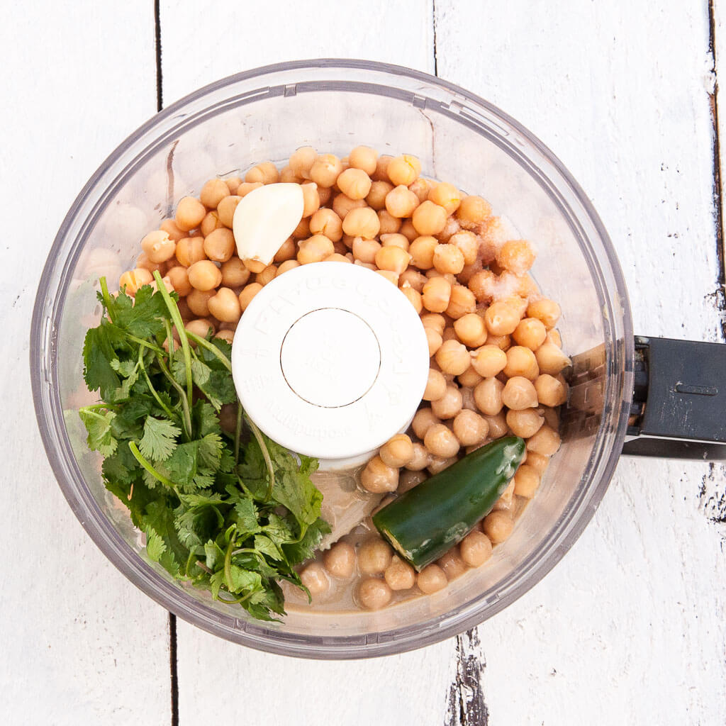 Jalapeno Cilantro Hummus Recipe - VeganFamilyRecipes.com #appetizer #dip #healthy