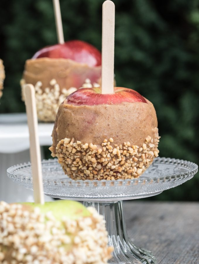 Gluten-free, Raw Vegan Caramel Apple Recipe for Halloween | VeganFamilyRecipes.com | #gf #healthy